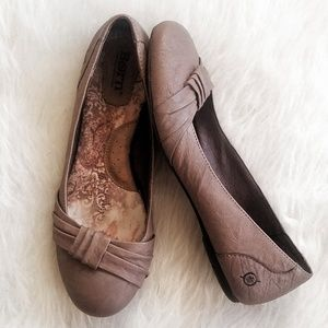 BORN Leather Flats Tan Taupe Ballet Flats 7.5
